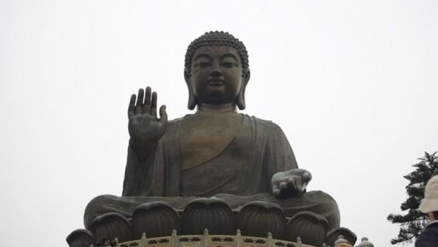 Es ist auch mal ganz schön rauszukommen aus dieser quirligen Stadt und so fahren wir zum Big Buddha auf Landau. Die Fahrt dauert ca. 1 Stunde von HK Island. Mit […]