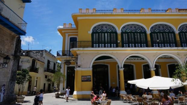 Havanna – verschwommener Traum unzähliger Kolonialbauten, alter Autos, Zigarren und Rum – und ja all dies wird vor Ort mehr als wahr. Die Altstadt wartet mit zum Teil toll restaurierten […]